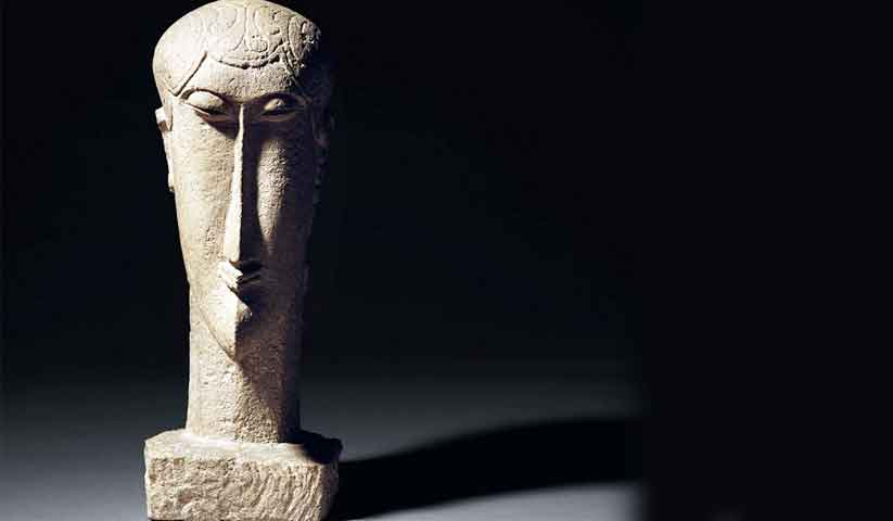 Modigliani's limestone sculpture, Tete Photo: Christie's